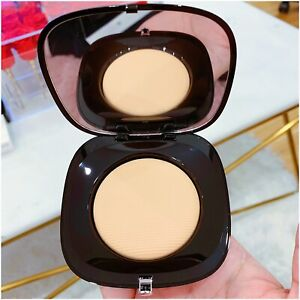 Marc Jacobs Perfection Powder in 300 Beige - BNIB