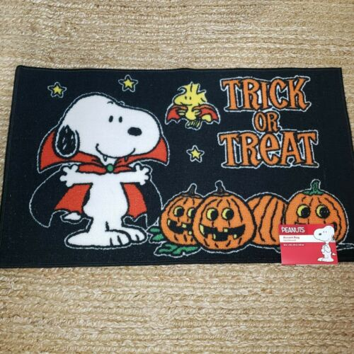 Peanuts Snoopy & Woodstock Vampire Trick or Treat Halloween Accent Rug NEW