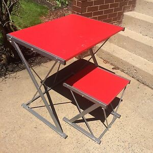 Red & silver metal desk and stool