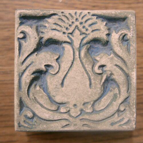 Batchelder Vintage Tile with Pineapple California