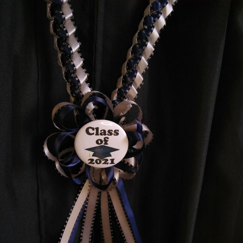 Graduation Ribbon lei w/ rosette pinback Button 2021 silver and navy blue