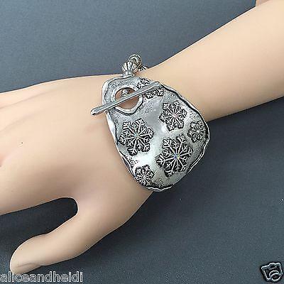 Antique Silver Clear Rhinestone Snowflake Charm Unique Bead Stretchable Bracelet Clear Bead Rhinestone Bracelet