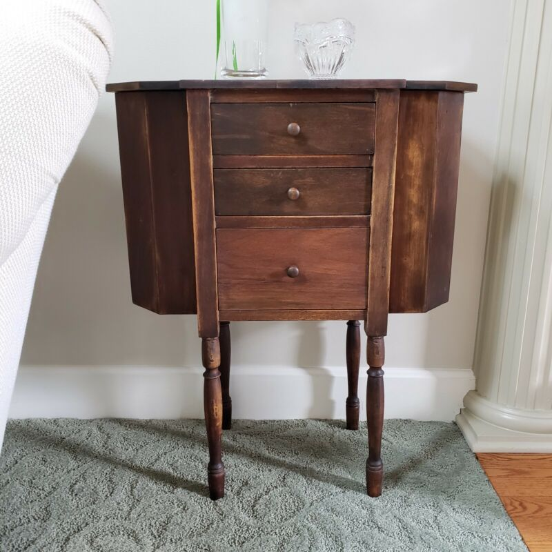 Martha Washington Vintage Sewing Stand w/ 3 Drawers & 2 Storage Compartments