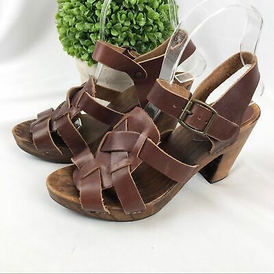 Zara Collection womens leather sandals wooden heels shoes size 37 6.5 or 7