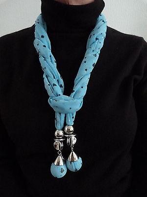 Chiffon Juwel (Attraktiv Blau Bedruckt Chiffon mit Juwelen Besetzt Schal in Präsentationsbox)