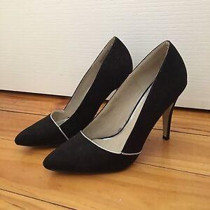 Portmans heels size 7 Lockleys West Torrens Area Preview