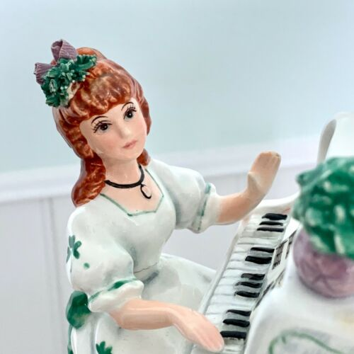 Lefton Music Box Irish Girl Playing Piano Signed Yamada Irish Eyes Are Smiling