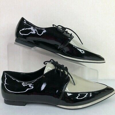 Zara Basics Womens 6.5M Pointed Toe Oxford Shoes Black-Ivory Faux Patent Leather