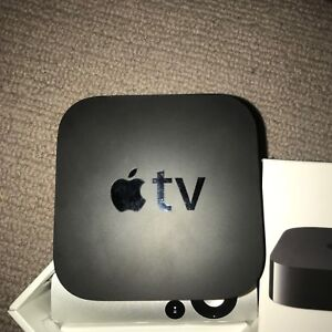 Apple TV 3rd Gen. + FREE HDMI Cable