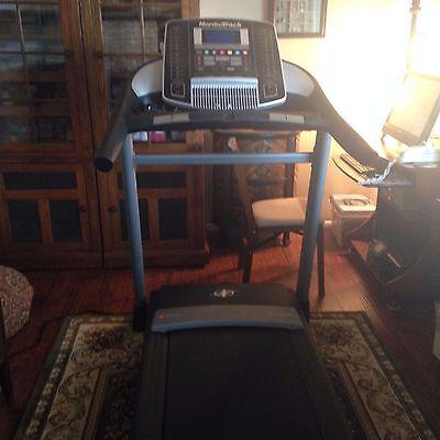 Nordic Track C 900 Pro Treadmill