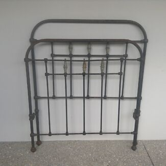 Antique wrought iron and brass single bed ends Stirling Stirling Area Preview