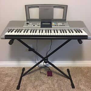 Portable Keyboard w Case & Stand