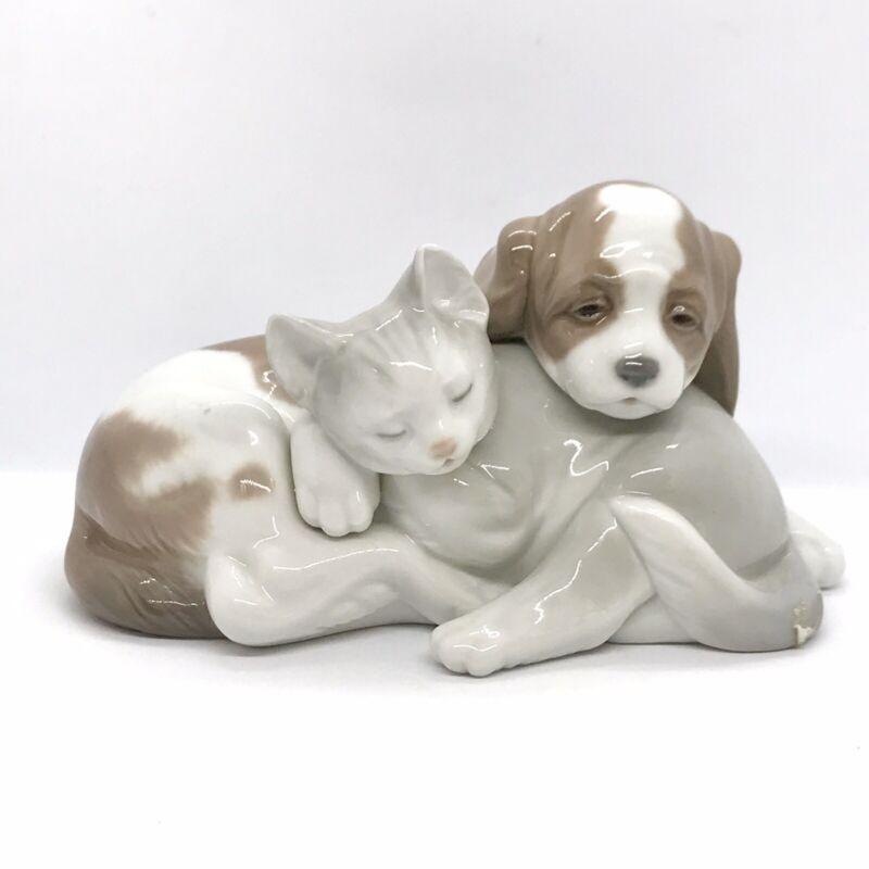 LLADRO Vintage 1998 Figurine #6599 BOSOM BUDDIES Cat and Dog -MINT