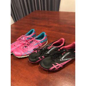 Womens athletics shoes