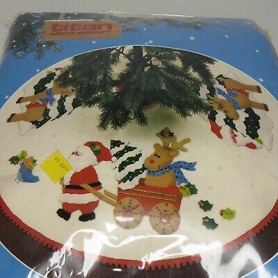 """Vintage Titan Needlecraft 36"""" Felt Tree Skirt Santa Reindeer 793 Christmas 1987"""