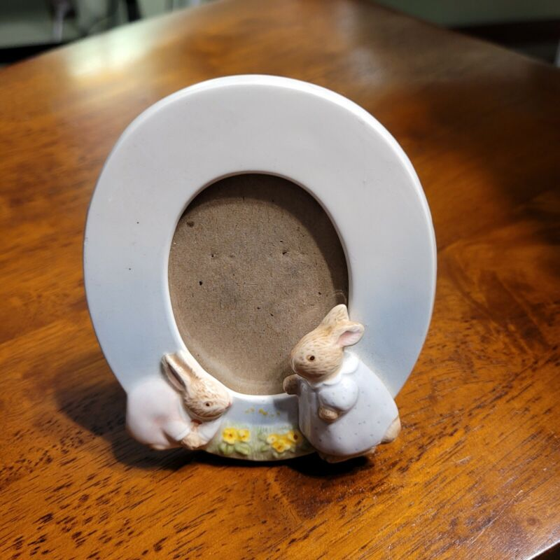 Peter Rabbit Charpente Oval Picture Frame with Babies Vintage