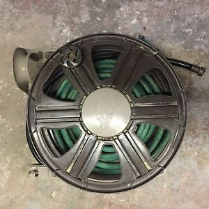 Hose reel, including hose