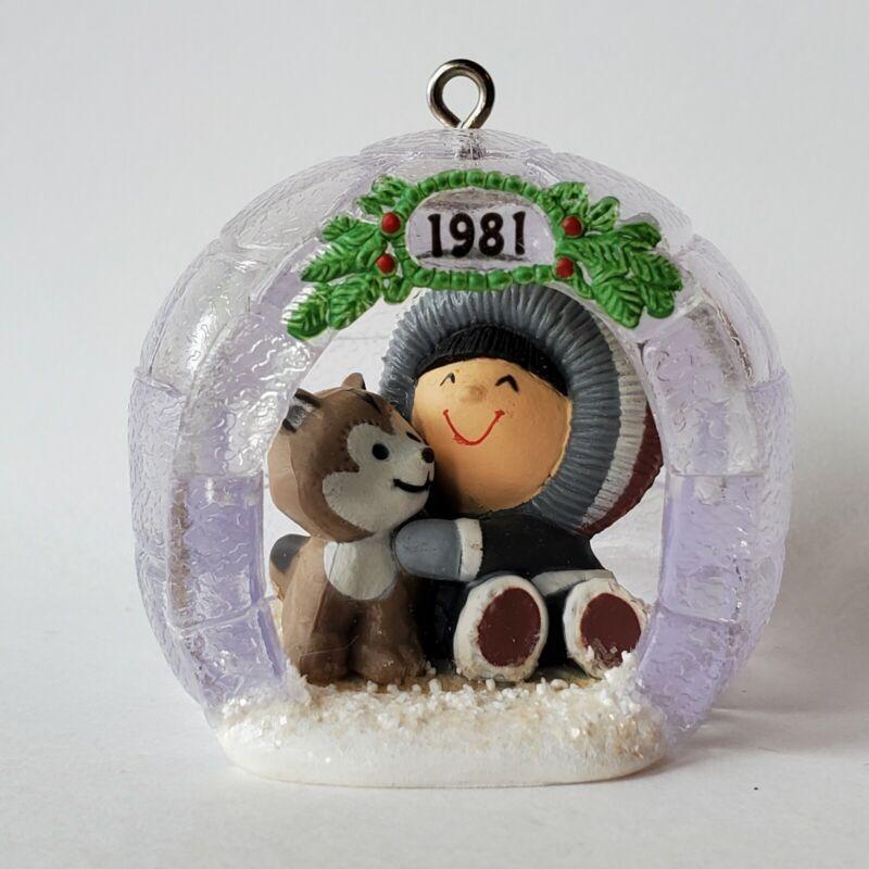 Hallmark 1981 Frosty Friends Ornament 2nd In Series Igloo