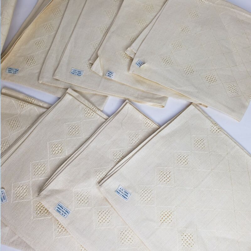Vintage Flax LINEN 8 Napkins Tablecloth Pale Yellow with Design MADE IN BELGIUM