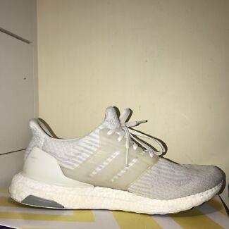 Adidas Ultra Boost Triple White US 12