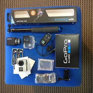 GoPro Hero 4 Black, Dual Charger+2 batteries, WifiRemote BARGAIN! Sydney City Inner Sydney Preview