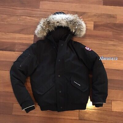 CANADA GOOSE RUNDLE BOMBER BLACK JACKET KIDS SIZE: LARGE • CAN FIT WOMEN XS •