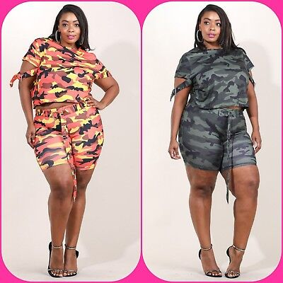 Belted Stretch-shorts (Plus Size Camouflage Buckled Sleeve Crop & Belted Stretch Shorts 1X 2X 3X )