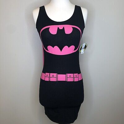 NEW Batman T Shirt Pink with detachable Cape Size Extra Small NWT - Pink Batman Costume