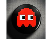 PaC MaN CoLLecTioN of BuTToNs PiN BaDGeS  GeEk GaMiNg GaMer ReTro 80s KiTsCh NEW