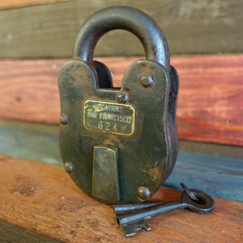 "Alcatraz San Francisco XL 3"" x 5"" Cast Iron Lock & Keys, Antique Finish"