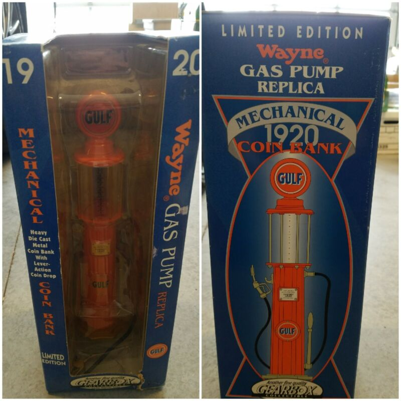 GEARBOX #11002 LIMITED EDITION 1920 GULF WAYNE GAS PUMP / COIN BANK REPLICA