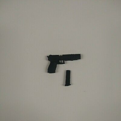 Mezco One 12 John Wick Extended Pistol & Clip Only