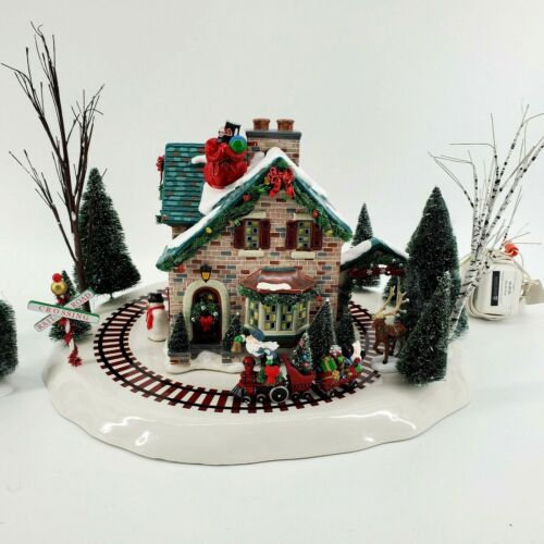 Department 56 Santa