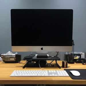 Mint Condition Fully Loaded iMac 27 inch (late 2013)
