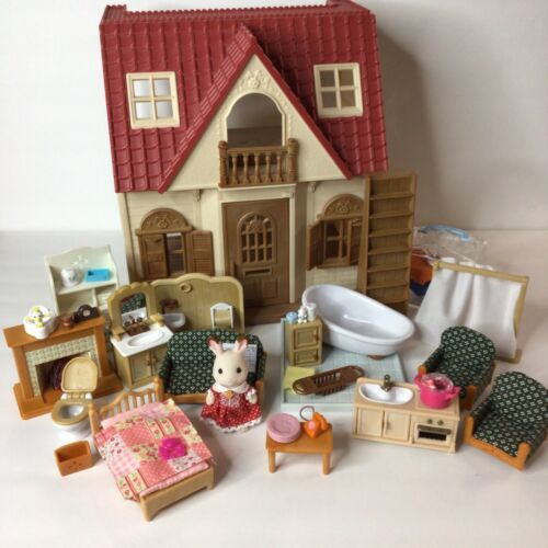 Calico Critters Sylvanian Families Red Roof House & Large Accessories Furniture