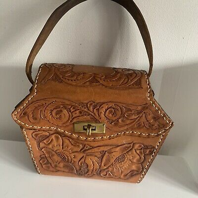 Lovely Vintage 1970's Leather Bag. Retro And In Great Condition