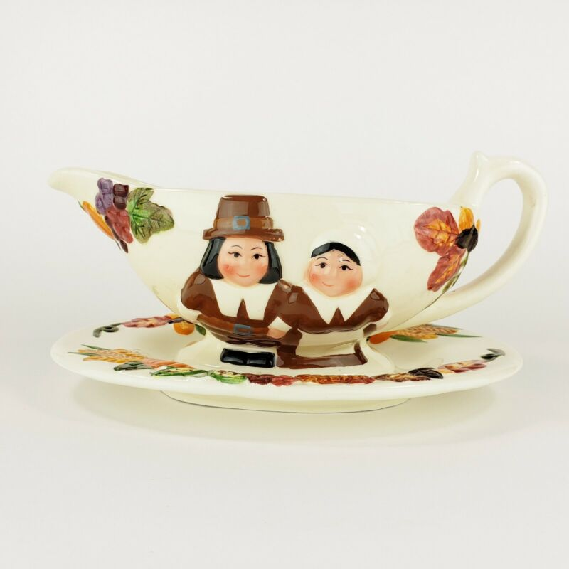 Publix Pilgrim Pair Gravy Boat with Plate Ceramic