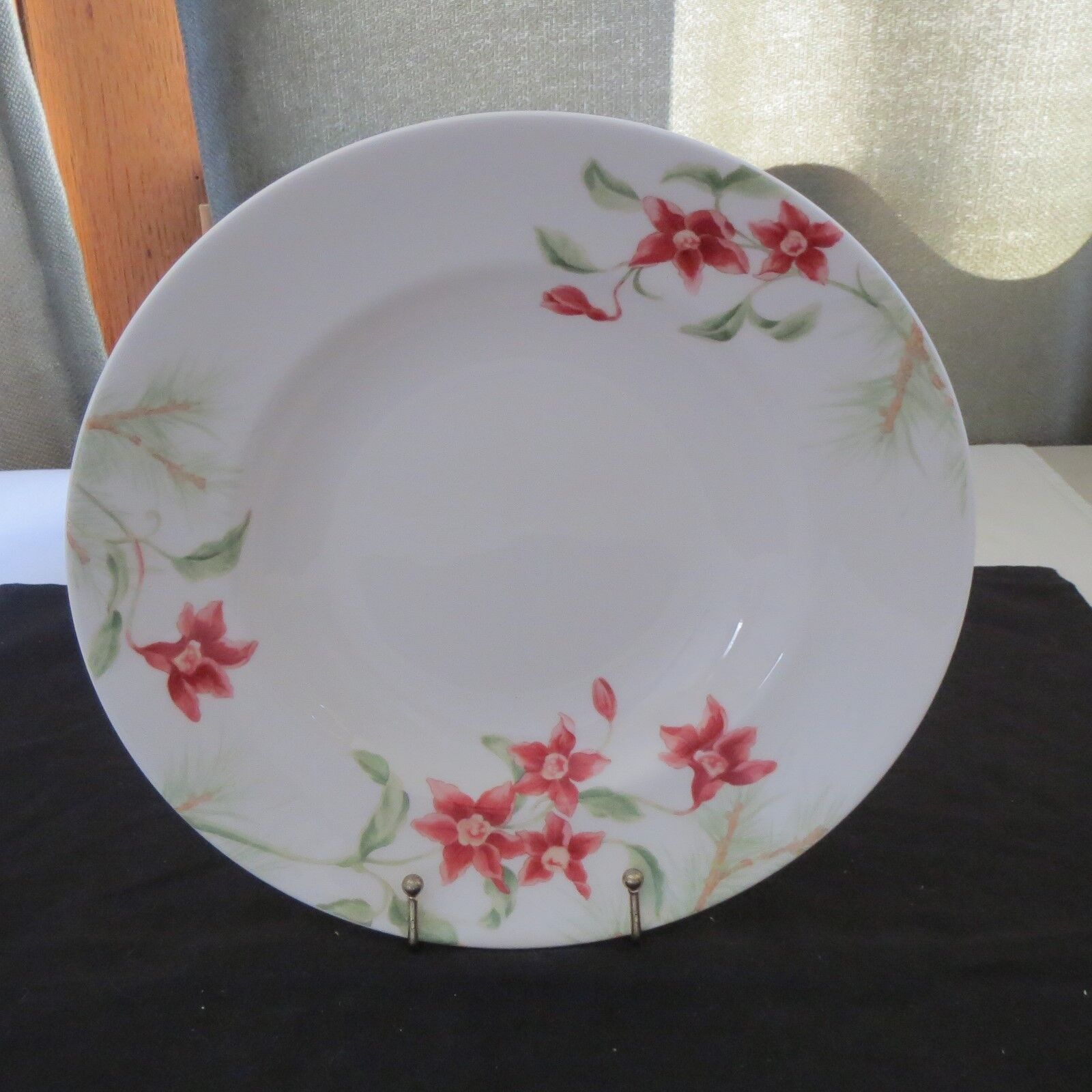 "BEAUTIFUL~LENOX SOUP PASTA BOWL CALLED ""WINTER GARDEN"""