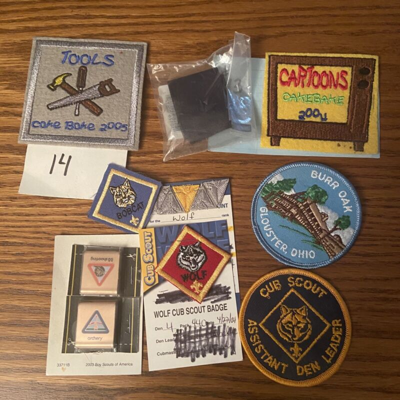 Lot Of Boy Scout Patches Fun Scout Wolf Bobcat Patch Cake Bake Den Leader 03-05