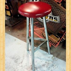 Midcentury Modern Chrome Stool Excellent Condition