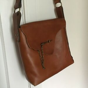 Pre owned Patricia Nash all leather cross body bag brass closure