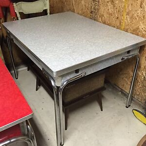 Formica Tables Red and Grey London Ontario image 2