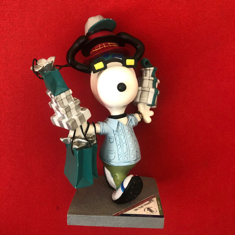 """Westland Gifts Peanuts On Parade SNOOPY Figurine 8401 """"ON THE TOWN"""" NO Box"""