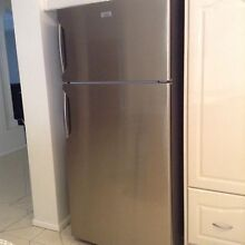 Kelvinator Electrolux 520L fridge in stainless steel Quakers Hill Blacktown Area Preview