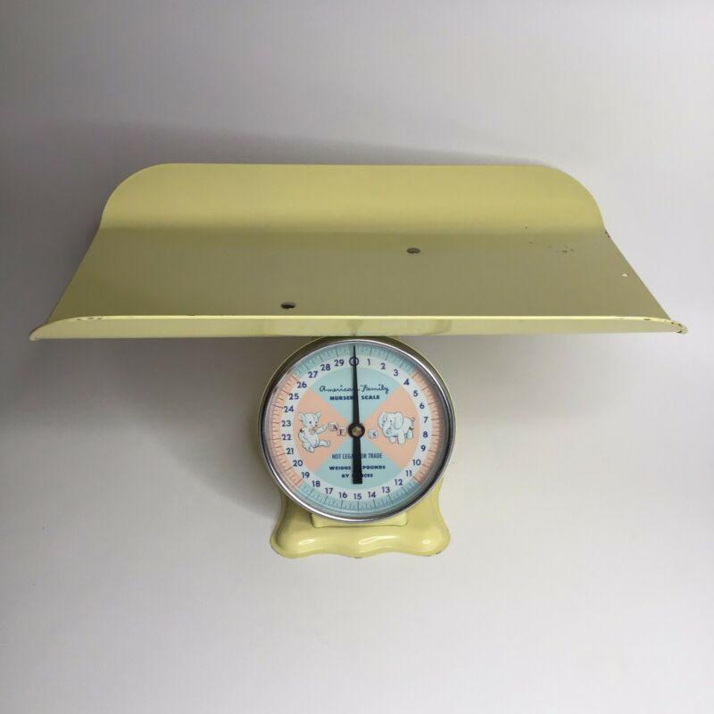 VINTAGE American Family Nursery Scale Baby up to 30 LBS large tray