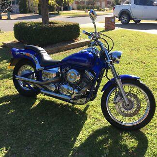 Price reduced 2013 Yamaha xvs400 Dragstar Glenfield Park Wagga Wagga City Preview