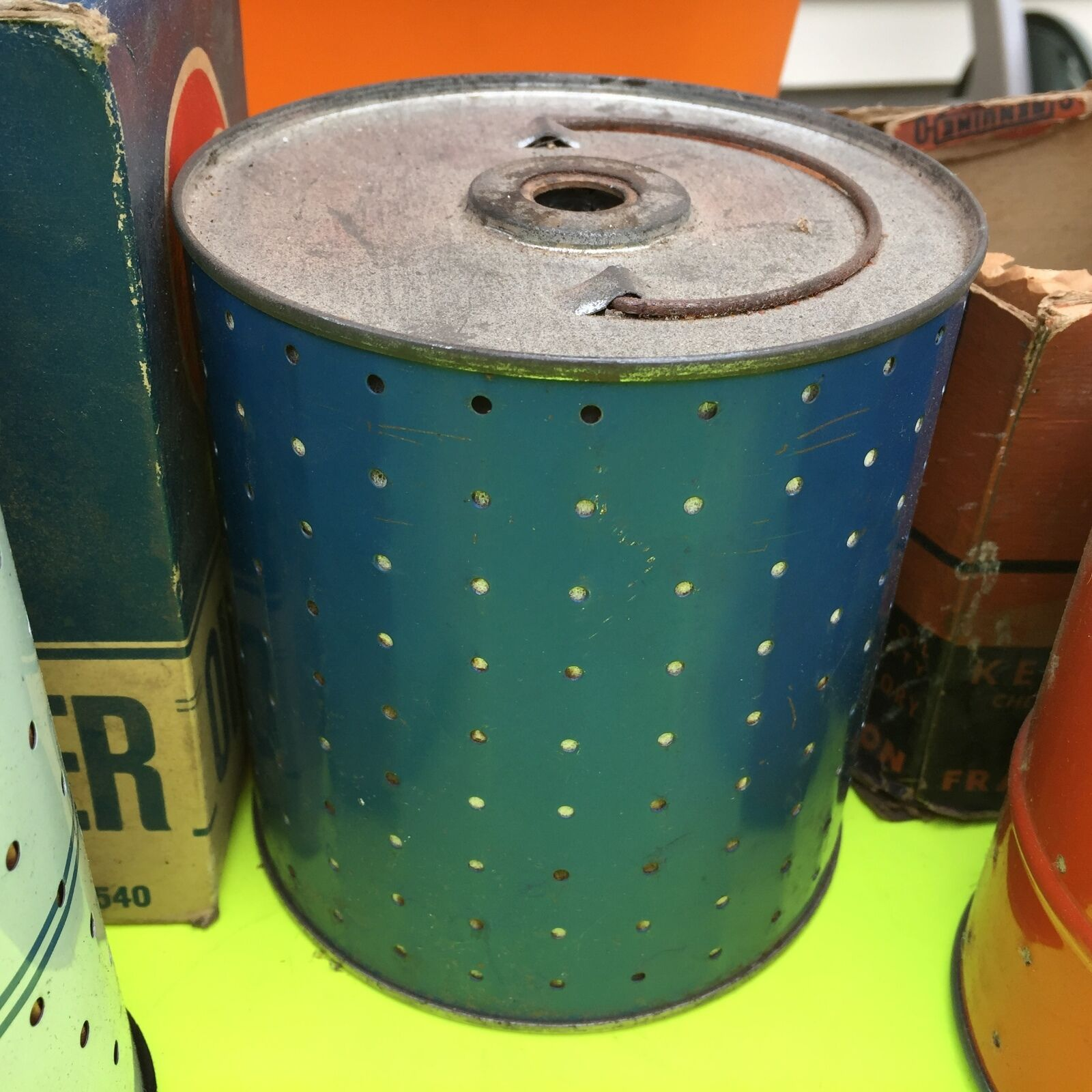 Canister type, U.S. old cars,  filter.    Element.       Item:  4652