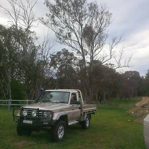 RV Landcruiser trayback ute plenty of extras excellent condition Armidale Armidale City Preview