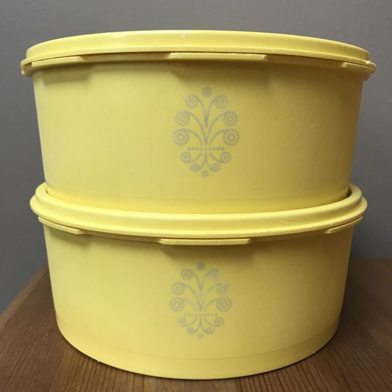Vintage TUPPERWARE Yellow Servalier Stacking Snack Canisters #1204-14 Set