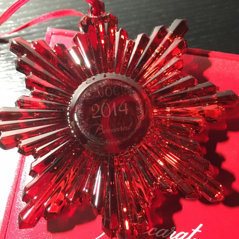 Baccarat 2014 Annual Noel Christmas Sun Red Ornament Crystal Mirror New, Flawed